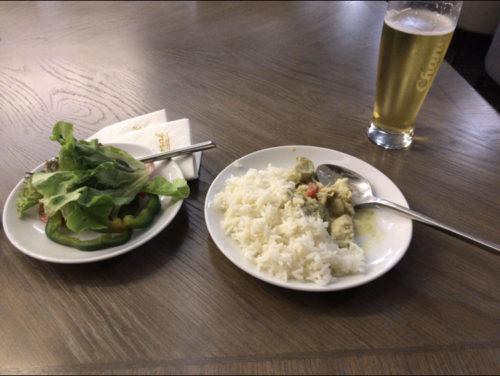 ドンムアン空港ラウンジで、タダ飯、タダ酒